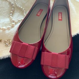Ecco patent leather ballet flats